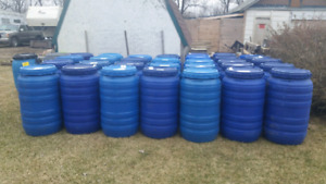 Plastic barrels with removable tops