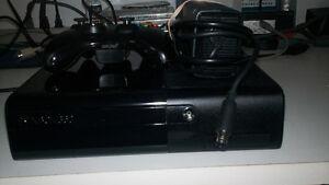 Xbox 360 slim E 4 gig