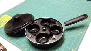 Egg poacher oan with cover 8 inches Kitchener / Waterloo Kitchener Area image 1