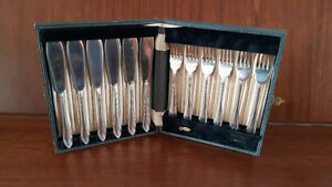 Silver Cutlery  - Sheffield Silver Fish Set from 1910