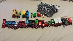 Thomas the train tracks and die cast trains