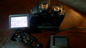 Canon t4i touch Screen Plus battery pk