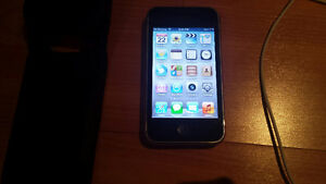 Iphone 3gs 16gb with new battery