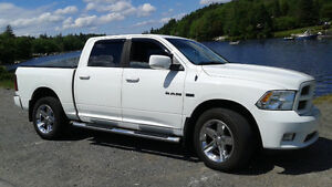 2010 Dodge Ram 1500, Hemi, Sport, 4x4 ( Senior Owned )