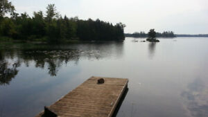 Rustic Lakefront Cabin: 3 Bdrm from $625/wk. Steps to lake+dock