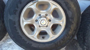 "Vintage AMERICAN RACING WHEELS & CENTERS ~ GM 16"" 6 stud X 8"""