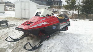 Polaris indy 400 skidoo