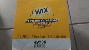 Volkswagen  Air Filter New in box , WIX 49186