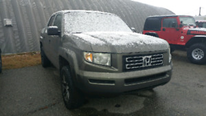 2006 Honda Ridgeline with only 170,000km.