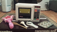 Easy bake oven and accessories