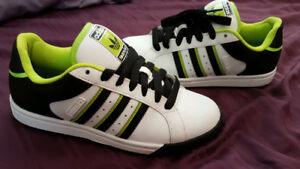ADIDAS POLSON TEAM ST SHOES -RARE - Worn Once