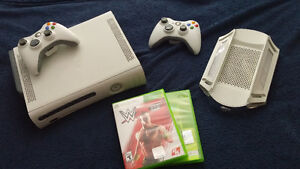 Xbox 360 console w. Accesories