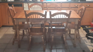 Bass river solid oak table six chairs 2 bar stools