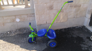 Toddler tricycle with push handle