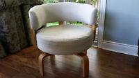 Recovered Fridene Swivel Chair