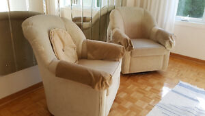 2 Swivel chairs/ 2 Chaises pivotantes- New price! West Island Greater Montréal image 1