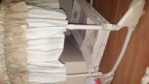 billy 4 in 1 bassinet Cambridge Kitchener Area image 4