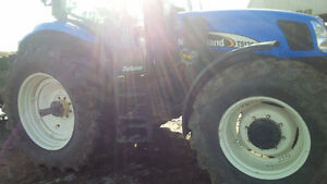 NH TS125A MFWD LOADER TRACTOR 5300 HOURS Kitchener / Waterloo Kitchener Area image 6