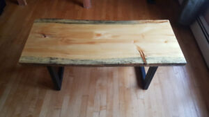 Live edge coffee table / end tables $500