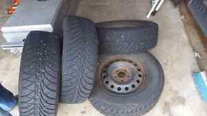 215/65/16 winter tires on rims  500$