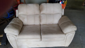 Microfibre Sofa and Loveseat with pull out bed
