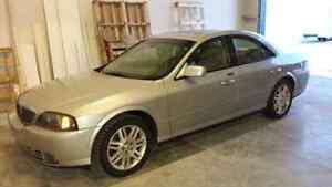 2005 Lincoln LS V8 - Excellent Condition!