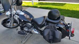 **DEAL**2015 Yahama 650 VStar Classic Motorcycle