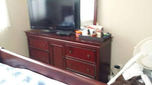 Cherry Oak King Size Bedroom Set