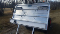 Headache Rack with Chain Hangers Aluminum for Semi Tractor