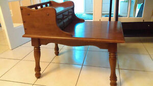 Beautiful Antique telephone table West Island Greater Montréal image 3