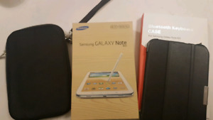 Samsung Galaxy Note 8.0 16gb with bt keyboard case and 2 cases