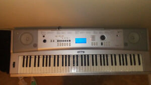 Yamaha portable grand DGX220