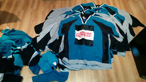 Hockey jersey set / ensemble de gilets hockey