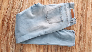 Jeans 20$