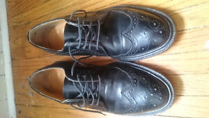 Dack's black leather shoes *MUST SEE*