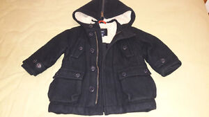 BLACK BABY GAP WINTER COAT FOR 18-24 MTHS OLD Kitchener / Waterloo Kitchener Area image 3