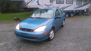 *GREAT LITTLE GAS MISER*'02 FOCUS FIVE SPD.*B.NEW CLUTCH*200K