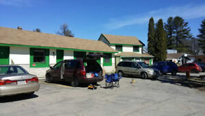 All inclusive - Motel room with Parking lot