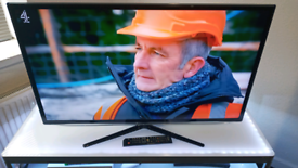 """SLIM 40"""" LED SAMSUNG FREEVIEW FULL HDTV WITH REMOTE, CAN DELIVER!!"""