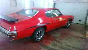 CAR IS NEWLY PAINTED!!!!!!!  VERY RARE 1971 Pontiac T-37
