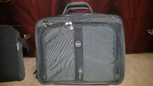 Laptop Carry Case - Kensington Contour