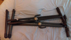2 X shaped keyboard stands