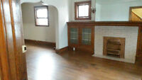 Large 3 Bed/2 Bath house for Rent