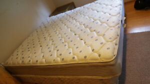 king bed clean comfy with boxspring