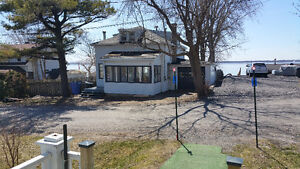 Rooms to rent, limited kitchen access. 3 rooms available West Island Greater Montréal image 1
