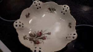 FS: Rosenthal Moliere Germany Laced Bowl