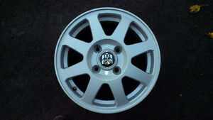 """Winter Mags (Alloy)  15"""" (4 bolt)  originally from Honda Accord West Island Greater Montréal image 1"""