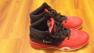 Sneakers Size 10 For Sale
