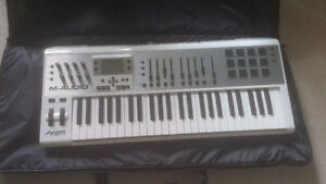M-Audio Axiom Air 49 MIDI controller w/cable
