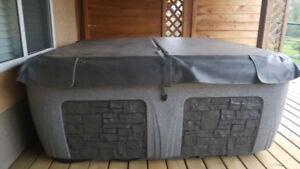 Dream Maker Spa Hot tub :update  SOLD